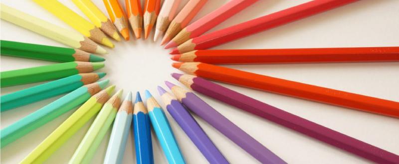 『目を引く』広告をつくるために必要な、色の使い方。